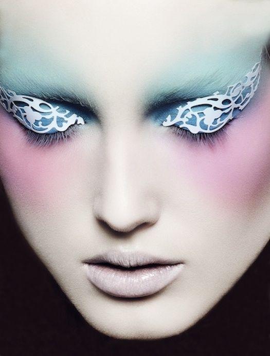 Pastel casts and lace patterns: Pastel Makeup, Fashion, Make Up, Manicures Nails, Makeup Artists, Manicures Idea, Lace Patterns, Eyes, Makeup Idea