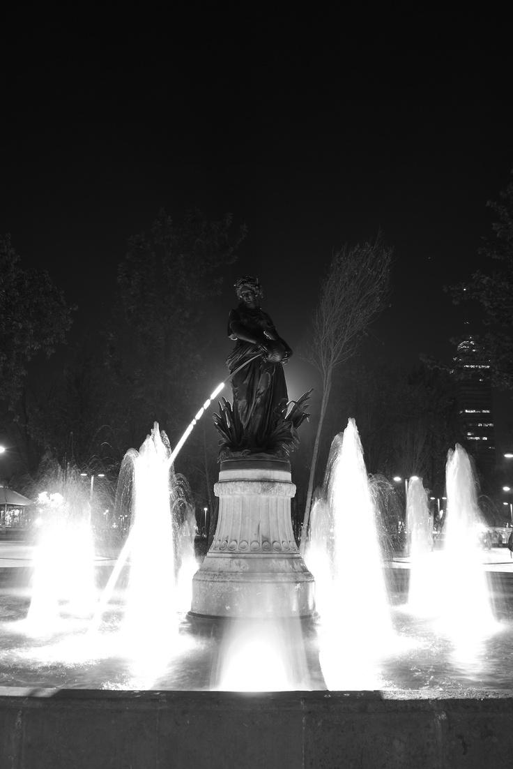 [7]...me recordaban que las fotos nocturnas, no siempre tienen que ser a color...