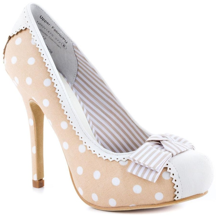 Omg! I love these shoes! I almost bought them last year, but they didn't have my size: (