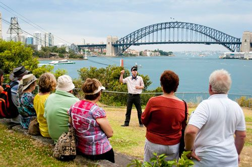 Convicts, Castles and Champagne Lunch Tour - Tour Sydney