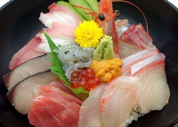 Sea(sashimi) foods bowl  海鮮丼