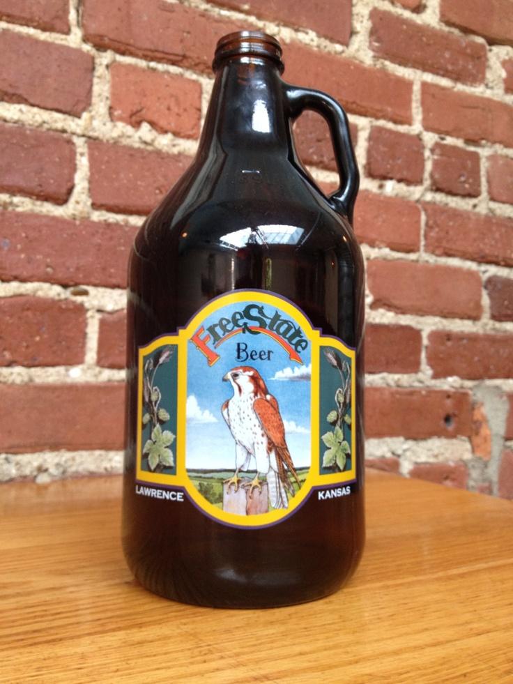 growler: Beer Craftbeer, Beerbottl Bottle, Beergrowl Craftbeer, Beer Custom, Beer Bottle, Brewingco Beer, Ambergrowl Beergrowl, Crafts Beer, Drinks Prints
