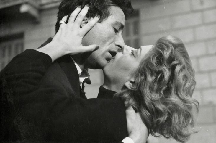 Giorgos Foundas and Melina Mercouri in Stella directed by Mihalis Kakogiannis ,1955