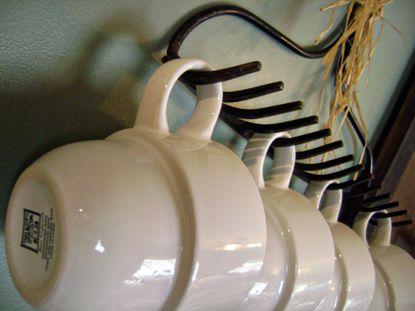 Garden Rake As A Cup Hanger Everything Primitive Pinterest
