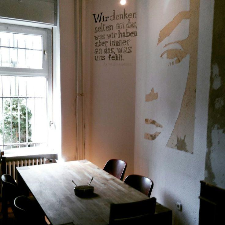 """Die Gründer der """"Kleinen Mensa"""" hatten bei der Konzeption des Cafés die Nähe der Beuth Hochschule im Blick und kamen auch selbst aus dem studentischen Umfeld. Doch seit dem Herbst hat das Café in d…"""