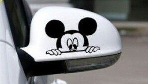 Adesivo Mickey escondido para retrovisor.  Exclusivamente na loja virtual carro de bolso.  Visite e confira este e outros produtos.  www.lojacarrodebolso.com.br