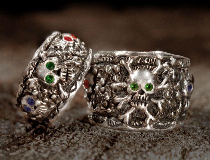 Skull Wedding Ring Set,Pirate Wedding Rings,silver skull ring,Silver Skull Wedding Rings,,Jack Sparrow,Silver Skull Wedding Rings,Etsy,.925, by Johnny10Rings on Etsy https://www.etsy.com/listing/254613368/skull-wedding-ring-setpirate-wedding #skullweddingrings