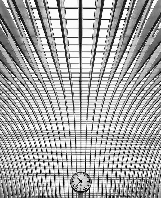 White geometries - a gallery on Flickr