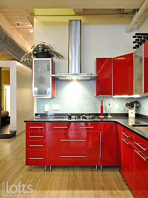 Small L shaped Kitchen Fired Stove Top Forms The