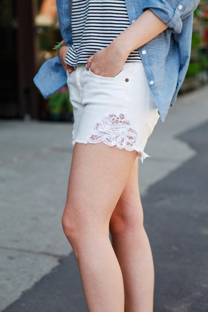 How to DIY 3 extra-cute cut-offs like this lace insert pair. Photo by Erin Yamagata.