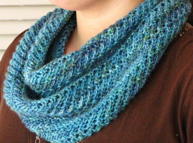 Forest Glade Cowl, Free Pattern by Linda Dawkins on Natural Suburbia  www.naturalsuburbia.com