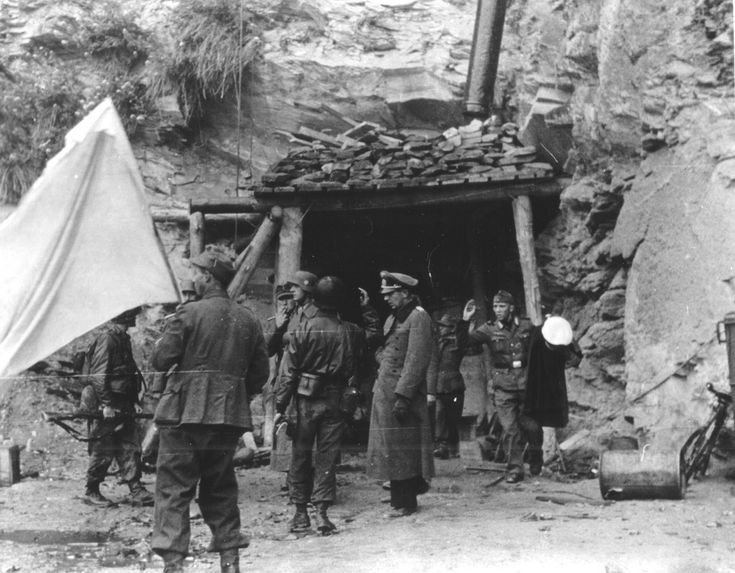 Surrender of Cherbourg, June 26, 1944 to 2:00 p.m.. The entrance to the underground headquarters in the quarries of the Alfred Street Lohen.