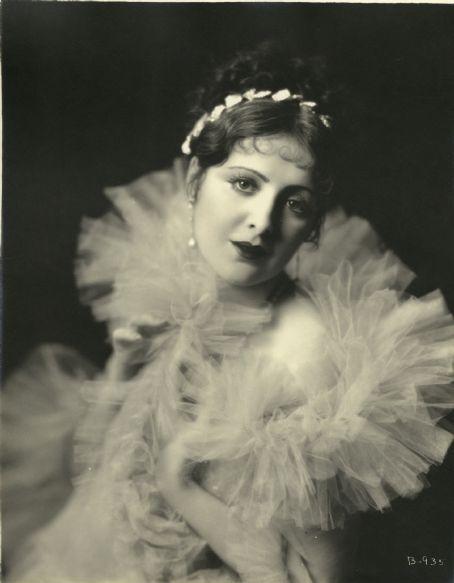 Billie Dove 1920s portrait vintage hollywood
