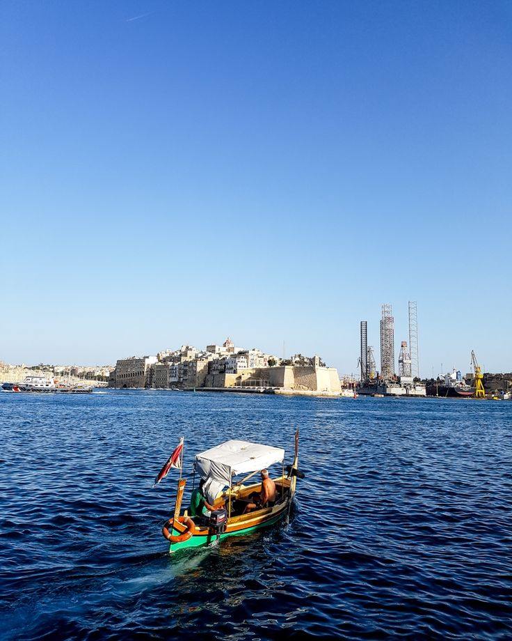 Visiting Malta? Find out if staying in Mellieha is a good idea with this travel blogger's guide to where what there is to do in this part of Malta.