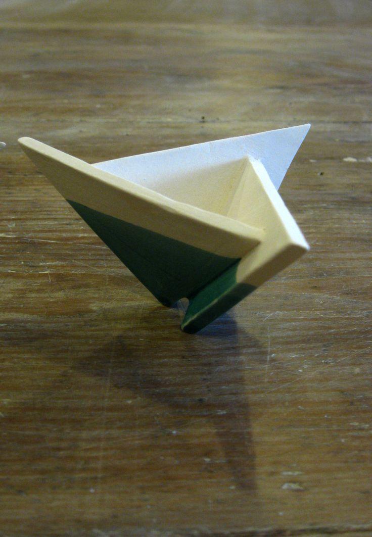 Three-toed prototype by Anikó Udvari