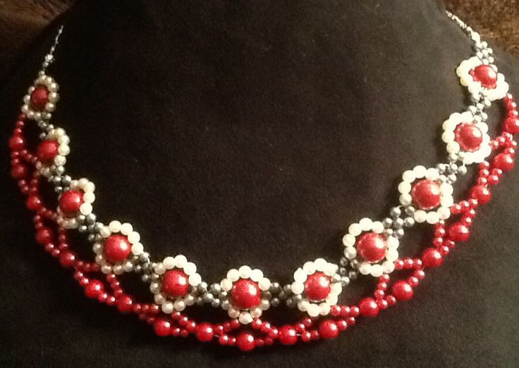 Pearl necklace Xmas collection by Julijana Jewelry