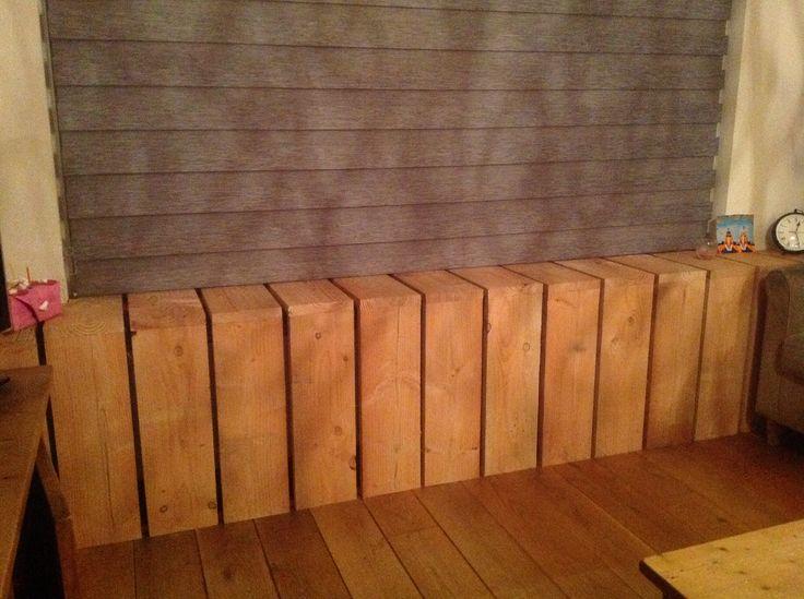 Verwarmings ombouw van steigerhout.