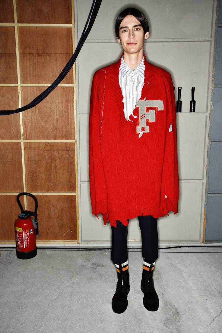 http://www.sonnyphotos.com/2016/01/raf-simons-fall-16-men-fashion-show-paris-backstage