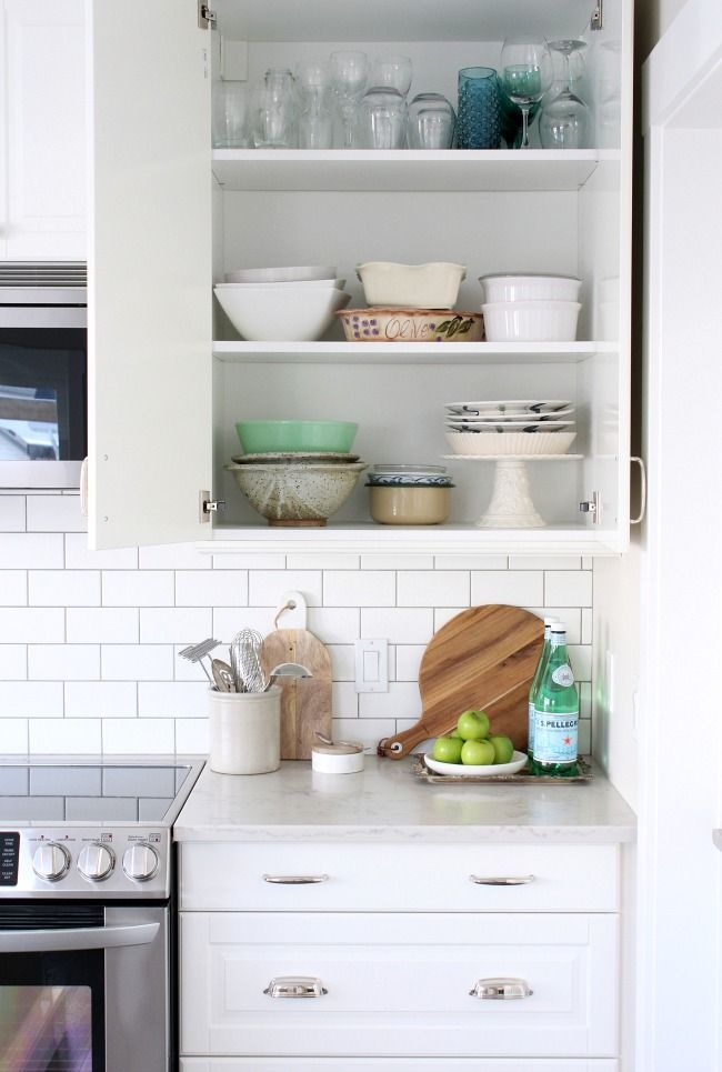Better Organized Kitchen with the Home Decluttering