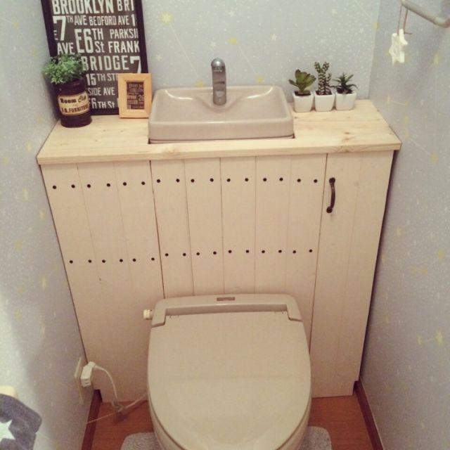 トイレをスタイリッシュに居心地よく♪「タンクレス風トイレ」by yuikokaさん | RoomClip mag | 暮らしとインテリアのwebマガジン