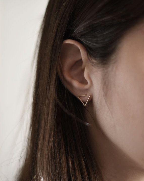 :: Minimalist geometric shapes to wear :: This delicate pair triangle studs is an original and modern design inspired by geometry and simplicity.