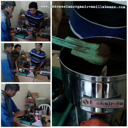 Making ground vanilla powder from our organic vanilla beans www.indonesianorganicvanillabeans.com