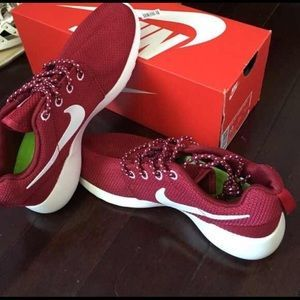 nike roshe shoes outlet only $21,Press picture link get it immediately! 1 days Limited!!Get it immediately!