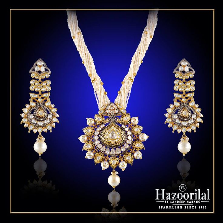 Exquisite and Exemplary design only from the House of #HazoorilalBySandeepNarang #Polki #UncutDiamond #Diamonds #Gold #TraditionalJewelry #Hazoorilal