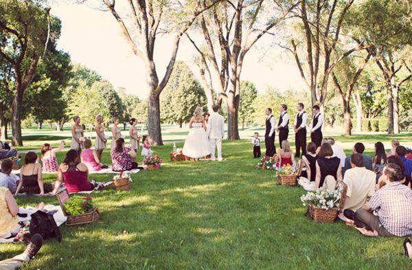 picnic wedding...outdoor simplicity