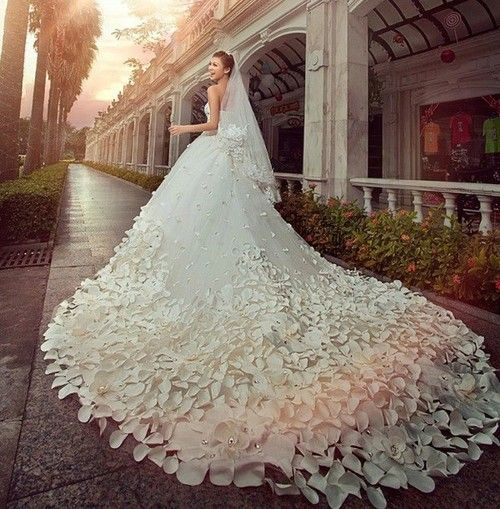 floral stunning wedding dress