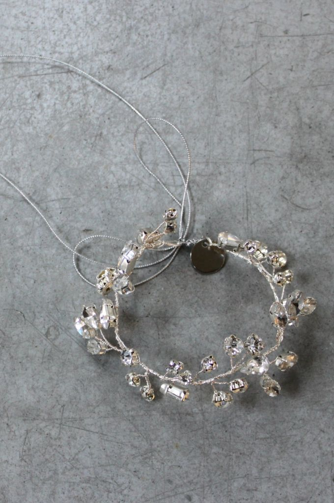 Decolove Nothern Lights Bridal Bracelet handwired from silver crystals
