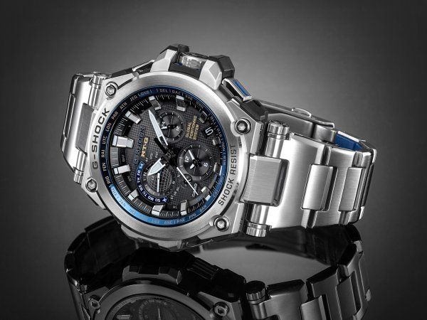 Take a moment for reflection with the G-SHOCK MTGG1000D-1A2.
