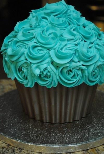 Turquoise rose icing cake