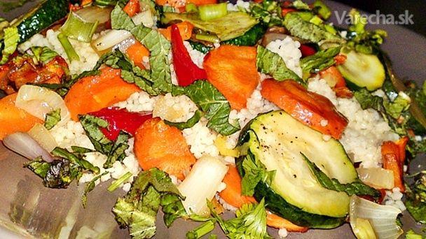 Kuskus - Couscous s oprážanou zeleninou a bylinkami (fotorecept)