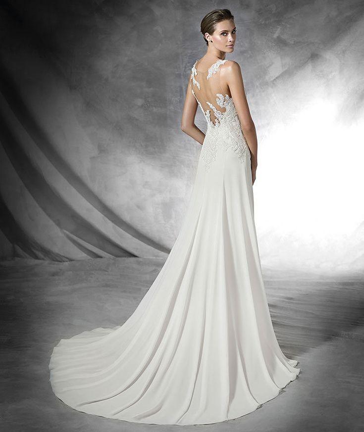 Pronovias 2016   Vestido de noiva - Modelo Pradal em gaza com aplicações de renda rebrodé, bordado com fio e pedraria