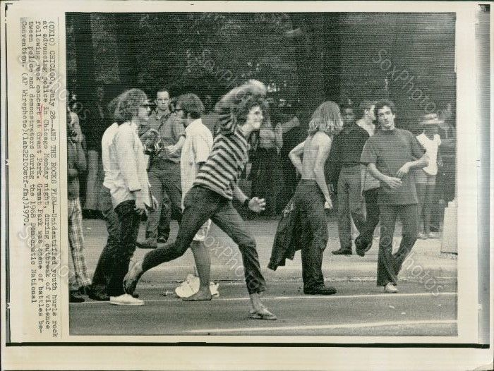 A10 '68 Chicago Democratic Convention Grant Park Youths Hurl Rocks Police Photo