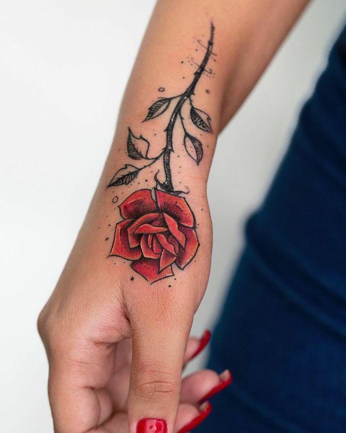 Tatuajes De Flores En La Mano Para Mujer