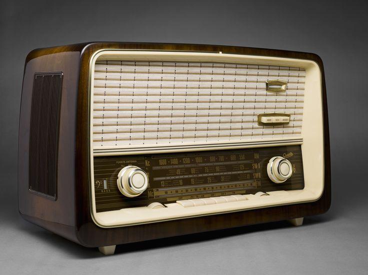 Vintage Radio Pink GE Mid Century General Electric AM