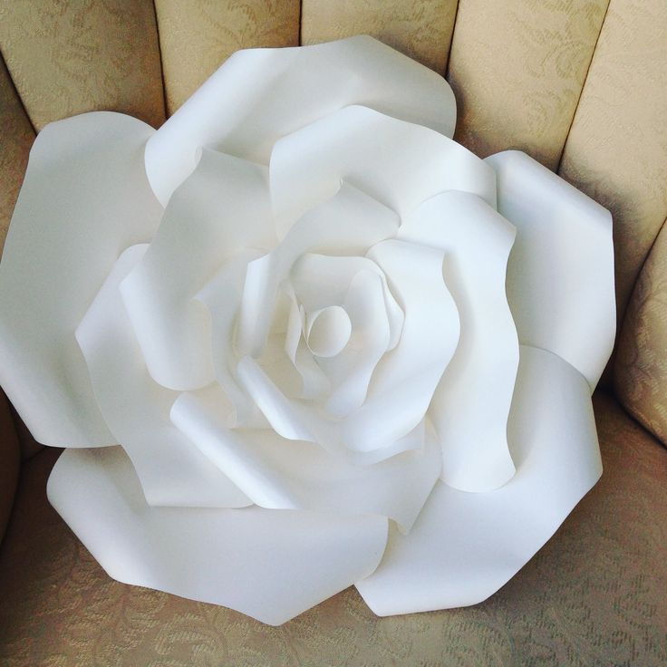 Best 25 big paper flowers ideas on pinterest for Big flower paper template