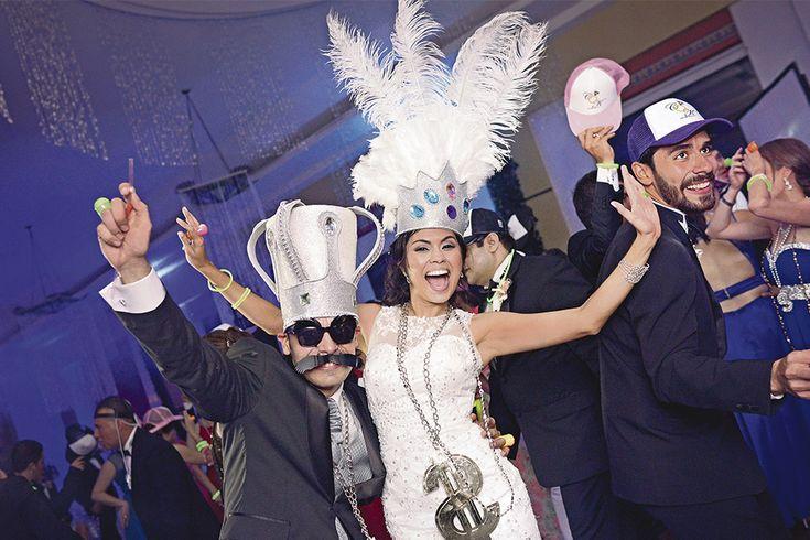 La 'hora loca', porque es el momento de más alto nivel de integración de la fiesta. Revista Novias http://www.revistanovias.com.co/