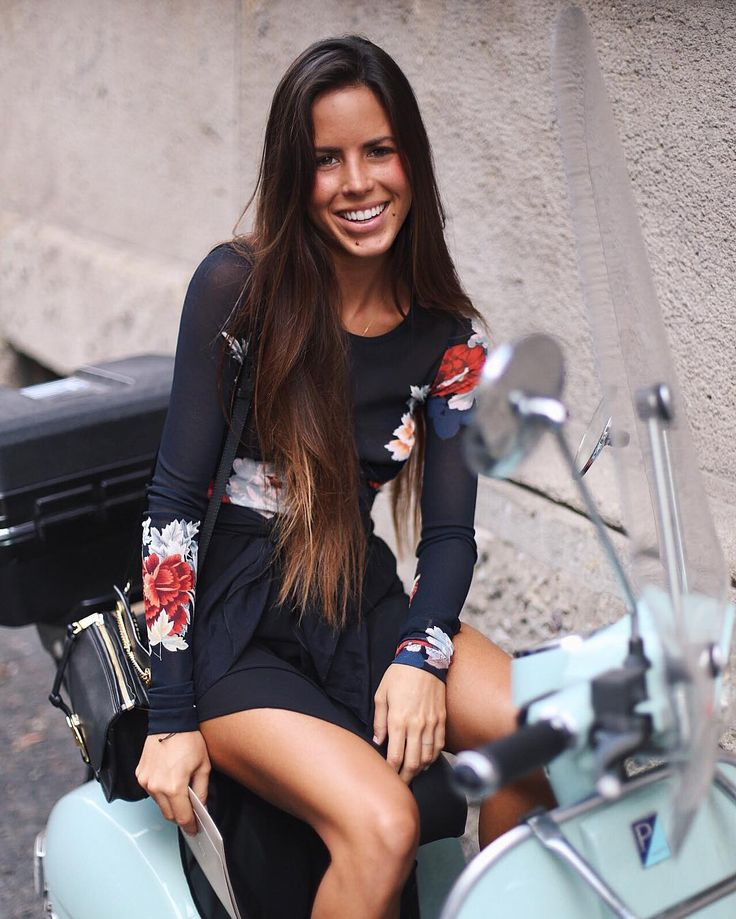 •Master Student|Management •Fashion|Running|Glúten & Lactose Free •L'Agence •Snapchat: vera.maf Lisbon, Portugal ♈ New Post