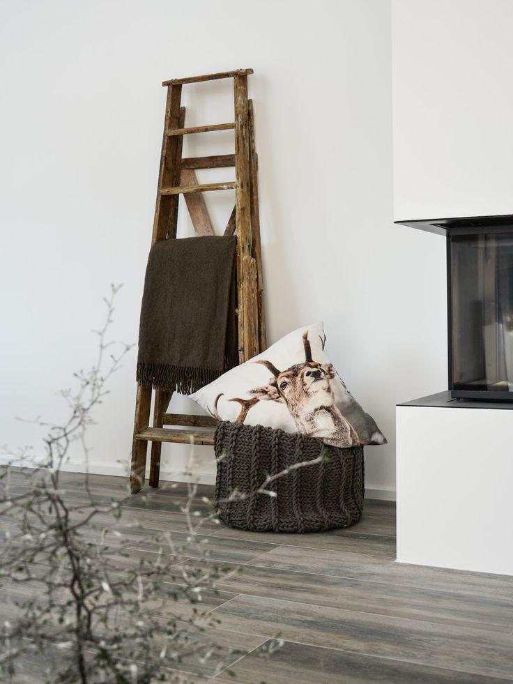 1000 ideen zu alte leiter auf pinterest dekorative leitern leitern und altes leiterdekor. Black Bedroom Furniture Sets. Home Design Ideas