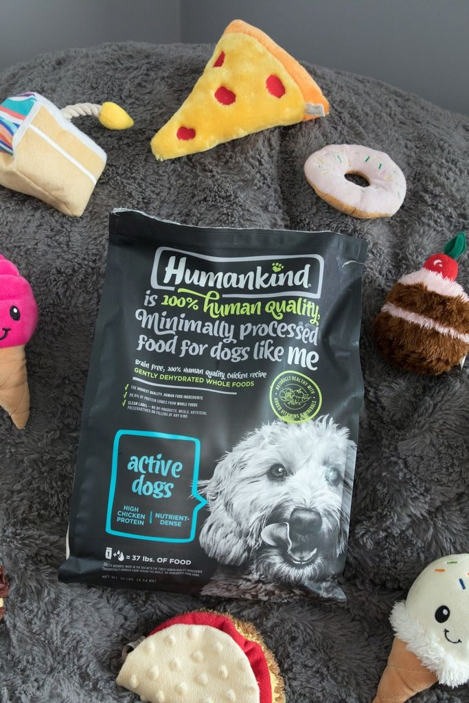 Junk food makes for fun dog toys. But when it comes to feeding your dog dinner, give them the good stuff! Humankind is 100% human quality food for dogs and is likely to make even picky dogs get excited for mealtime! #AD