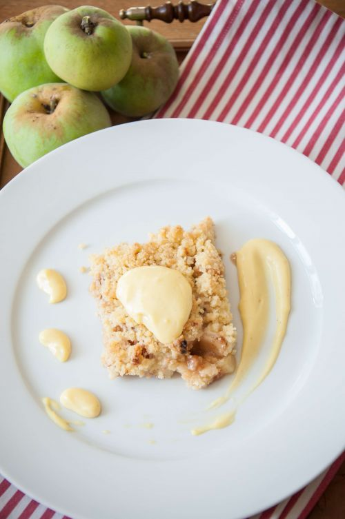 Apple crumble pie #desserts #homemadepie #applepie @Cincsor.Transylvania.Guesthouses
