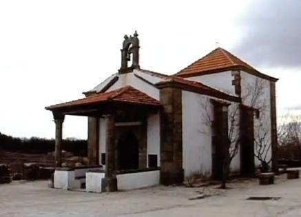 Otra imagen de la Ermita de la Concepción de Piornal