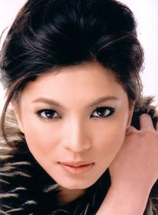 Angel Locsin is better Darna than Marian Rivera?