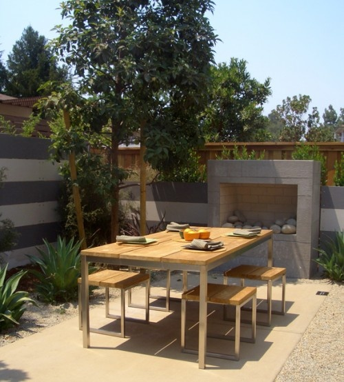modern outdoor fireplace. might need chimney to meet regulations in my state, but love it!