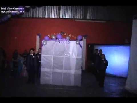 regalos para quinceaneras de sorpresa | Vals Para 15 Años. Baile Sorpresa. 15 Años Coreografia Para Vals ...