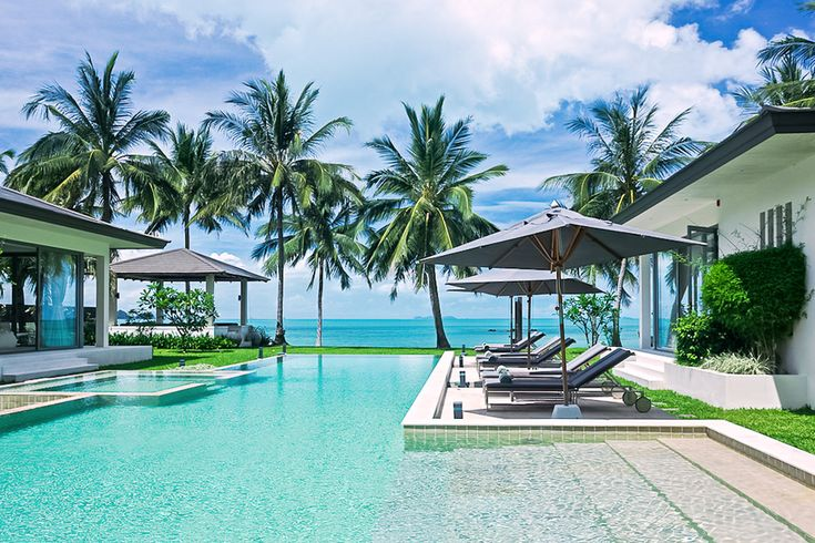 Check out this amazing Luxury Retreats beach property in Koh Samui, with 5 Bedrooms and a pool. Browse more photos and read the latest reviews now.