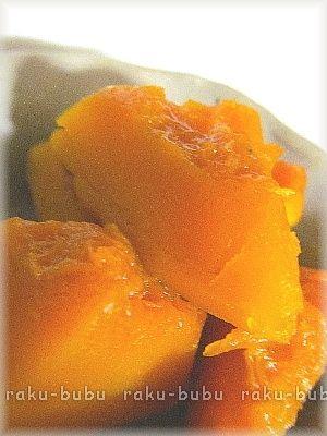 「★定番!おいしい♪【かぼちゃの煮物】」煮込むだけで、簡単に家庭の味かぼちゃの煮物が作れます。かぼちゃの美味しさを引き立てる為、薄味で絶妙な調味料バランスにしました。おかずの1品に、お酒のあてに。【楽天レシピ】